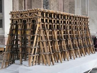 Исаакиевский собор. Модель лесов для установки колонн