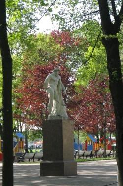 Геракл в Александровском саду