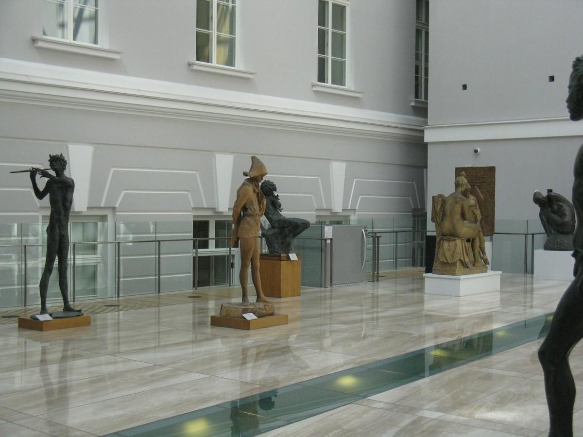 Атриум в крыле Росси Эрмитажа