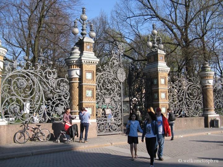 Вход в Михайловский сад