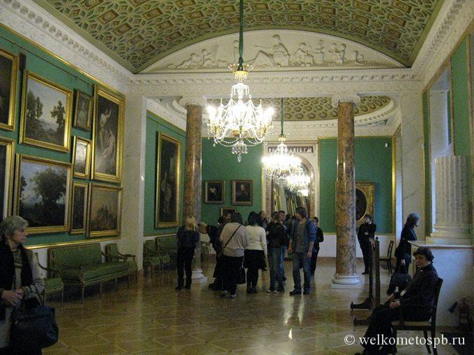 В Строгановском дворце